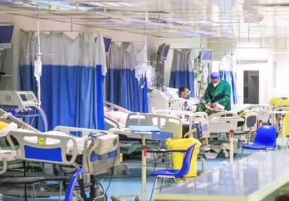 کاهش موارد بستری کرونایی به زیر ۴۰۰ نفر در استان / ۵۱ بیمار جدید روانه بیمارستان شدند / وضعیت ۷۴ نفر وخیم است