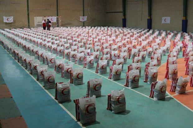 بیش از ۱۵ هزار بسته معیشتی و بهداشتی توسط جمعیت هلال احمر اردبیل توزیع شده است