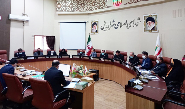 دفاع اکثریت اعضای شورای شهر اردبیل از پخش زنده جلسات / فروش املاک شهرداری با قیمت کارشناسی انجام می شود