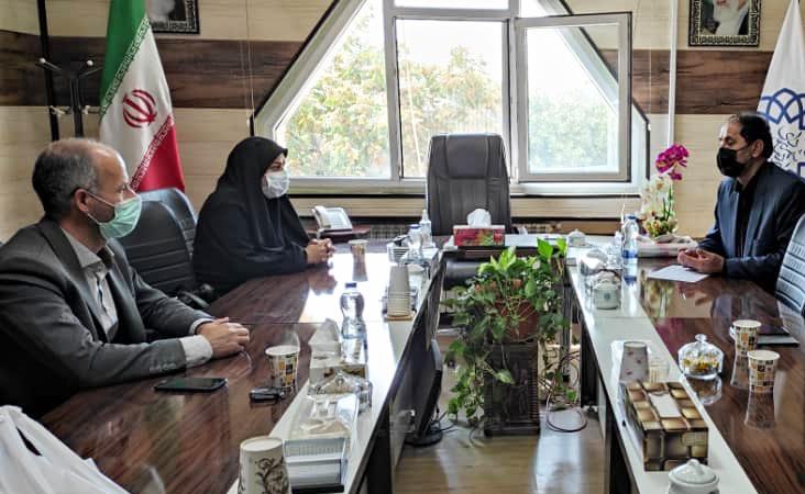 دیدار مدیرکل کتابخانه های عمومی استان اردبیل با شهردار اردبیل / حمایت شهردار جدید از برنامه های فرهنگی و کتابخوانی